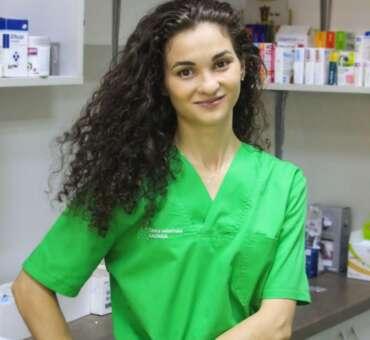 DR. DIANA STRUGARIU